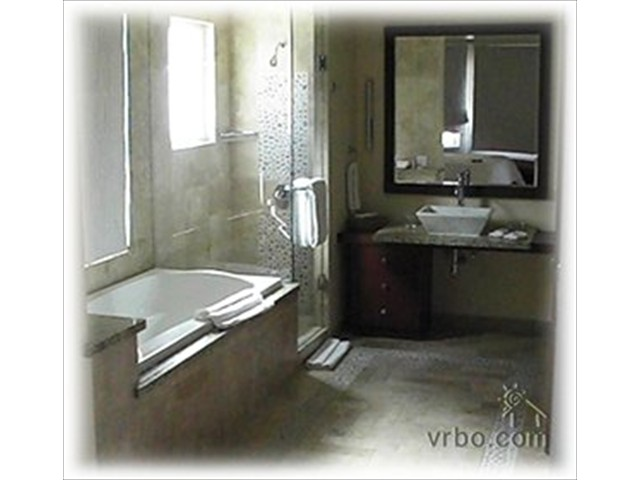 Executive Bathroom