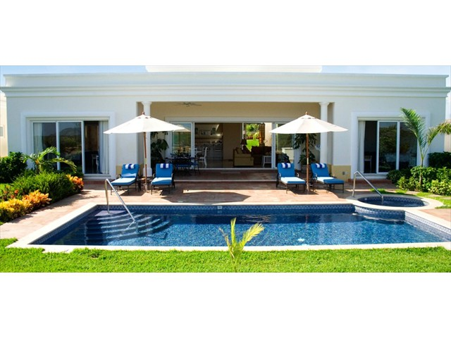Private Swimming Pool and Patio